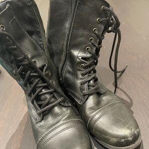Steve Maden black boots